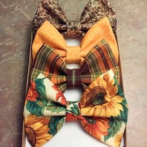 Sunflower Plaid With Shimmering Pine cones Bow Set